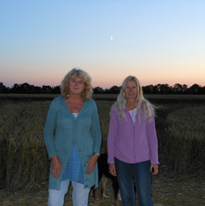 Lu & Dee in Crop Circle